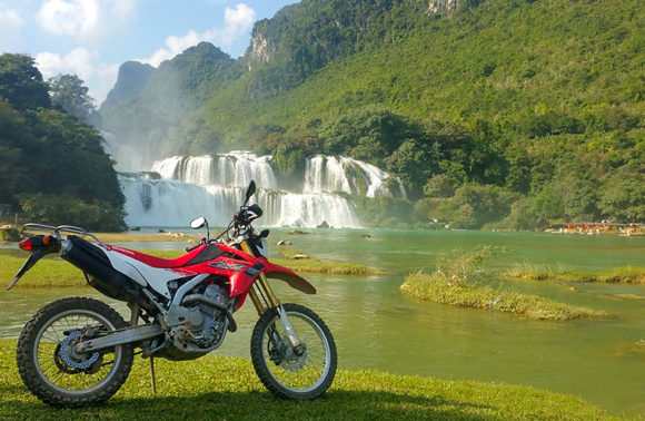 Tour del Vietnam del nord in moto