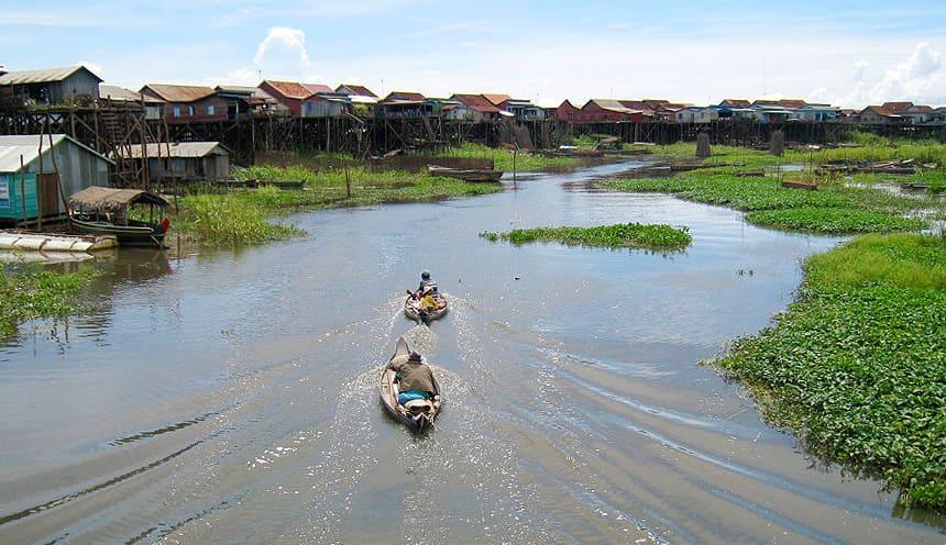 Tra le acque intorno a Kompong Kleang