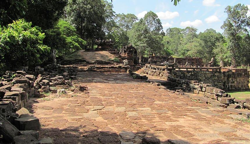 La Terrazza degli Elefanti ad Angkor Thom ad