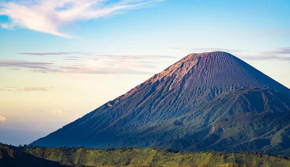 Trekking sul Monte Semeru