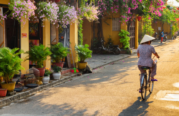 Risalendo il Vietnam da Ho Chi Minh ad Hanoi