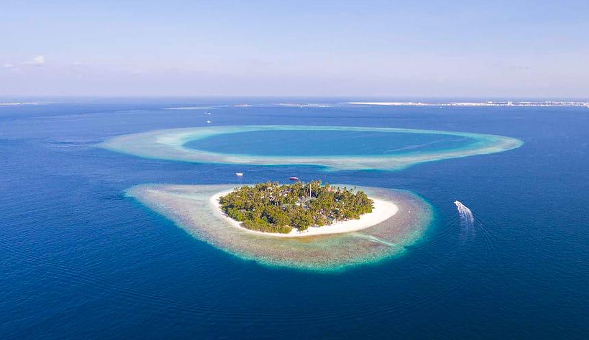 Un atollo visto dall'alto.